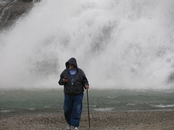 hubby at the mendenhall glacier
